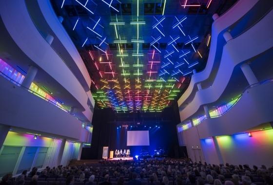 Ontwerpestafette 25 jaar Concertzaal Theaters Tilburg Sessie 2: Het kunstencluster als openbare ruimte